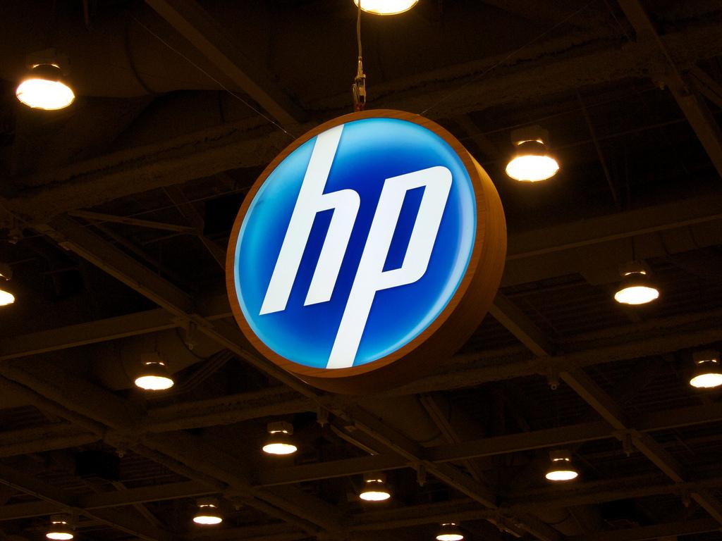 HP si divide in due. Lavoratori a rischio