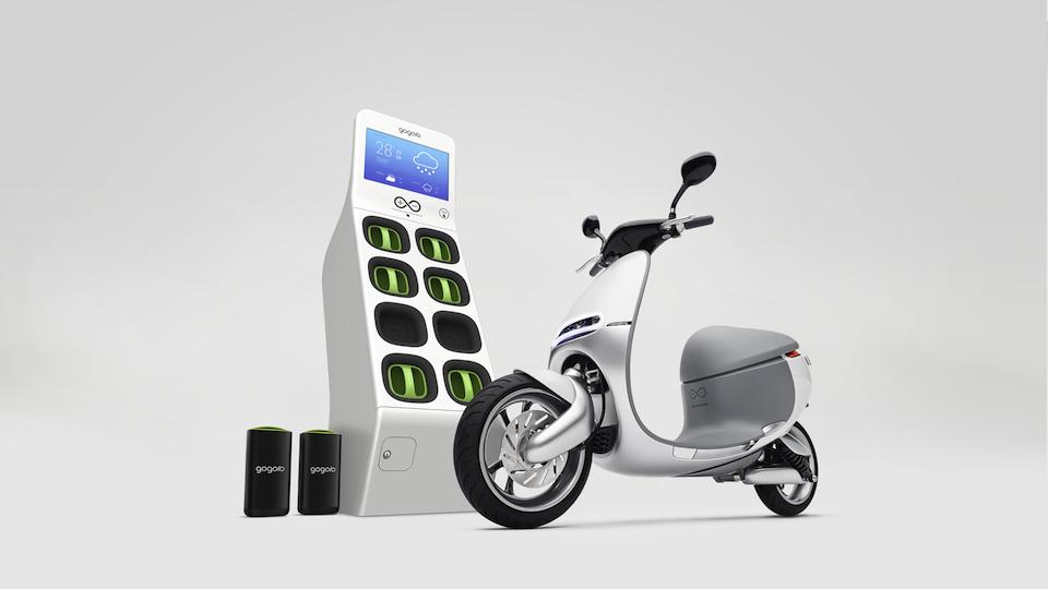 Gogoro SmartScooter: moto elettrica con batterie portatili