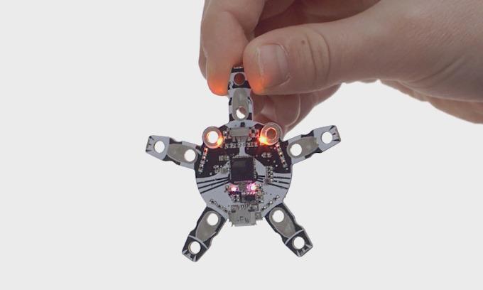 Programma da solo il tuo robot con Quirkbot