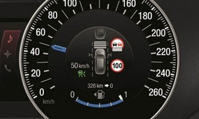 La nuova Ford S-Max previene le multe