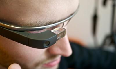 Google e Luxottica resuscitano i Google Glass