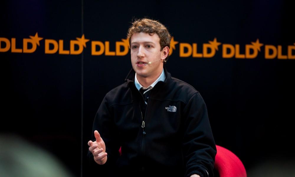 Facebook: fatturato in crescita ma sotto le attese