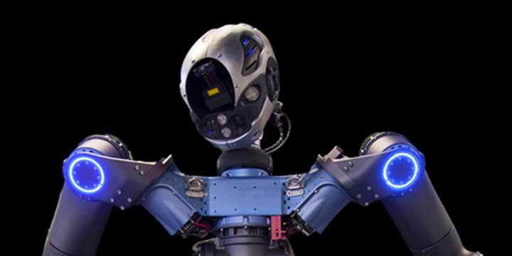 Walkman il robot italiano che apre le porte e usa il trapano