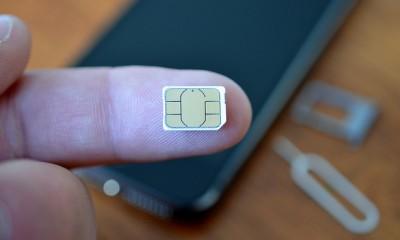 Apple e Samsung tavolo di discussione sulle e-SIM