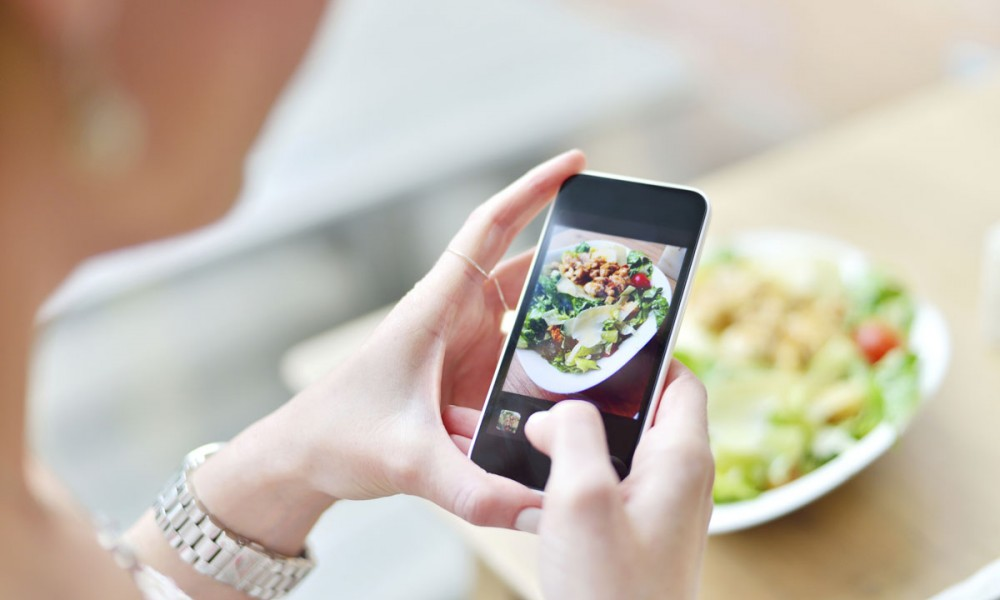 Google Maps nuova funzionalità per caricare foto legate al cibo