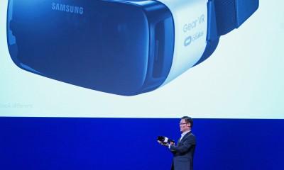 Samsung Gear VR arriverà a Novembre e costerà 99$