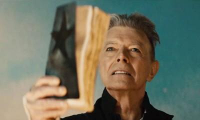 Il Duca Bianco è morto. Il mondo piange David Bowie sui social