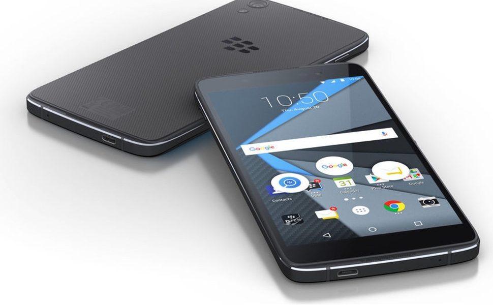 BlackBerry non costruirà più Smartphone