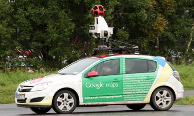 Mostra il sedere a Google Car: è su Street View