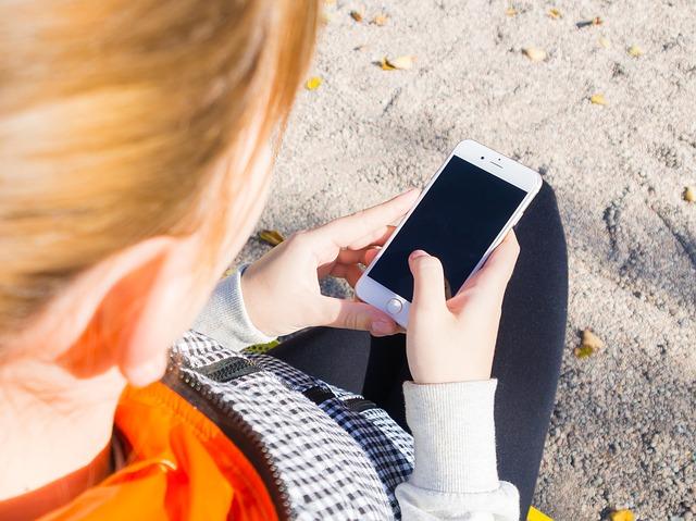 Smartphone: ecco l'algoritmo che protegge i minori