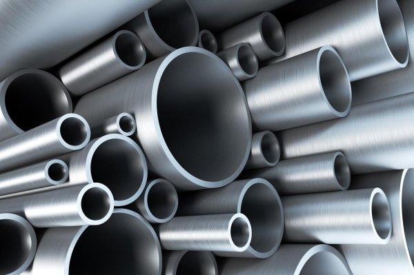 Tubi in acciaio e polimeri per l'industria